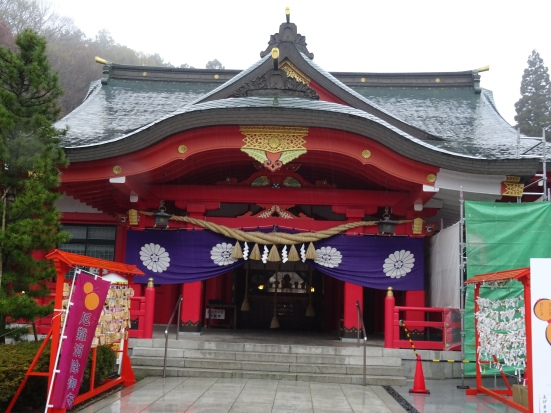 The Gokuku Shrine is also on the original castle grounds